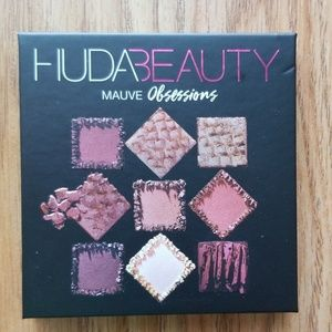 Huda Beauty Mauve Obsession Eyeshadow Palette